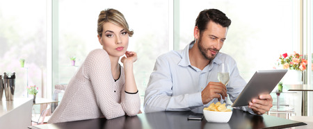 relationship problems: relationship problems, woman disappointed, man indifference, Stock Photo