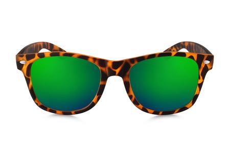 gafas de sol: gafas de sol de aviador aisladas sobre fondo blanco
