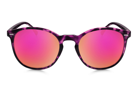 gafas de sol: gafas de sol aislados en fondo blanco