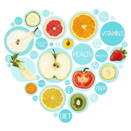 Fruitsymbolen in hartvorm, dieetconcept.