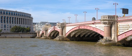 blackfriars bridge: View on Blackfriars bridge and river Thames in London from the south bank Stock Photo