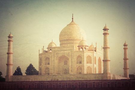 agra: Taj Mahal in Agra, India