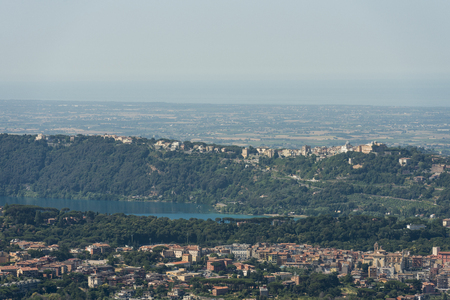 Aerial image of with the caldera named Lago Albano (Lake Albano) in front Stok Fotoğraf - 97871968