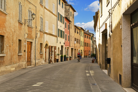 san quirico: Street in the town of San Quirico dorcia, Tuscany, Italy