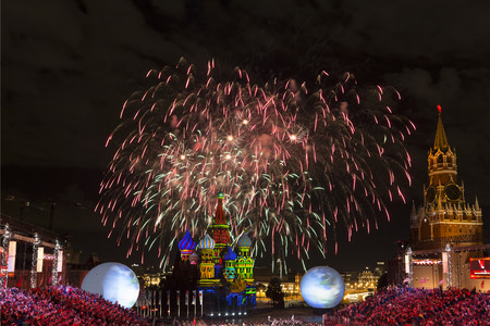 spasskaya: MOSCOW, RUSSIA - SEPTEMBER 03, 2016: Fireworks at the international festival of military orchestras Spasskaya tower Editorial