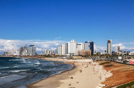 Views of Tel Aviv, the Mediterranean sea, holidaymakers on the beach people, Israel Sajtókép