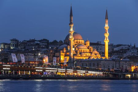 Stambul. Night view of the New Mosque Valide Sultan. Turkey