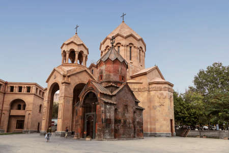 The complex of church buildings - the Church of St. Anna and the Church of the Holy Virgin Katoghike in Yerevan. Armenia Standard-Bild