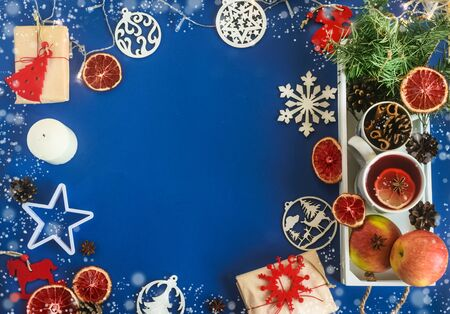Handmade gifts on a blue classic background. Zero waste Christmas. Natural Christmas decorations without plastic, eco friendly. flat lay. copy space Foto de archivo - 135468667