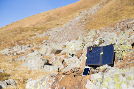 tyan shan: Solar panel.