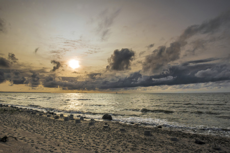sunset on the Baltic sea on the Curonian spit Standard-Bild