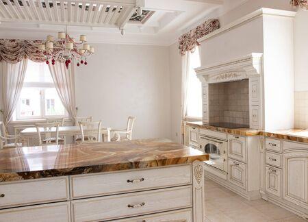 hermoso interior del área de la cocina