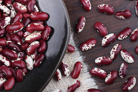 haricot: Haricot beans in ceramic plate