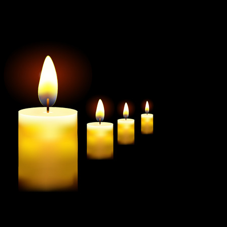 illustration of beautiful glowing candles with melted wax, suitable for Halloween holidays Vetores