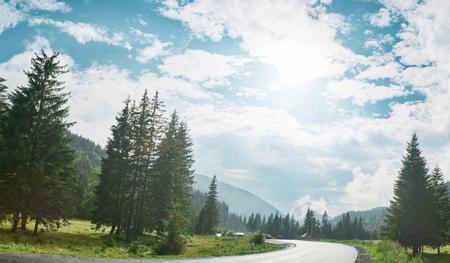 scenery mountain road in the Carpathians mountains, Ukraine Foto de archivo