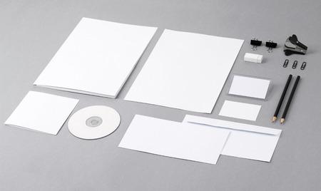 Фото Шаблон для идентичности брендинга для графических дизайнеров презентаций и портфелей Фото со стока