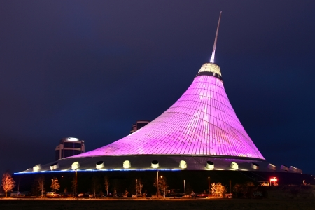 khan: Khan Shatyr - night lighting Astana Editorial