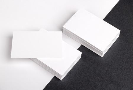 Фото визитных карточек. Шаблон для идентичности брендинга. Для графических дизайнеров презентаций и портфелей. Визитная карточка, бизнес, бизнес, карты, макет, макете, макет. Фото со стока