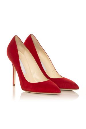 흰색 배경에 빨간색 여성 낮은 구두 스톡 콘텐츠