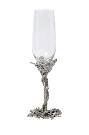 scenical: graceful  wineglass