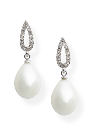diamonds isolated: Earrings with pearls and diamonds isolated on white
