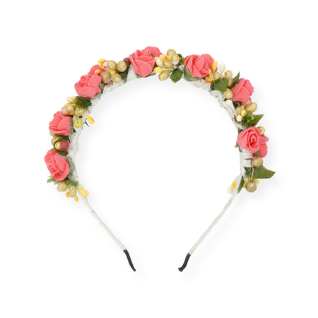 flower head: wreath on head  isolated