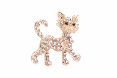 onyx: Brooch golden kitten with diamonds isolated on white