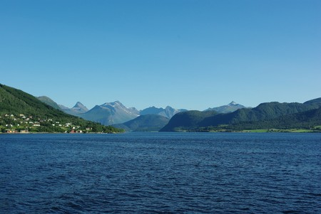Beautiful view of the Norwegian coast of northern Atlantic Stock Photo - 8092780