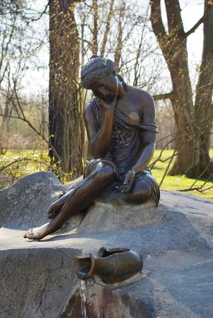 brocken:  Statue of maid with brocken jar in the park Tsarskoye Selo, Russia
