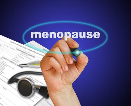 fondo degradado: escribir la palabra MENOPAUSIA con el marcador en el fondo del gradiente hecho en software 2d