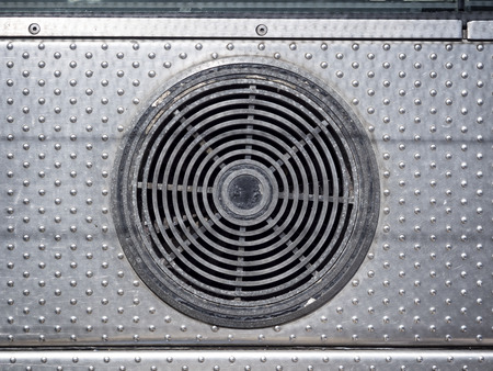 air duct: Air conditioner system with dirty condition