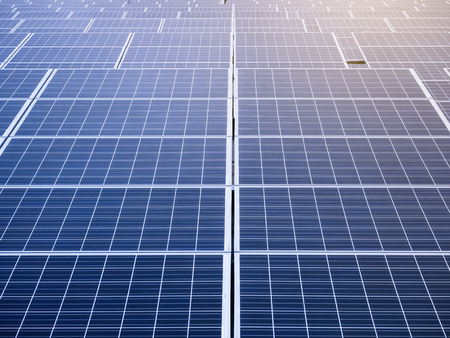 Zonnepanelen Renewable Energy saving Ecologie begrip bedrijfstak Stockfoto