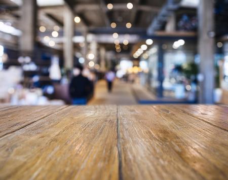 Tabla encimera Bar Restaurante Tienda de fondo borroso