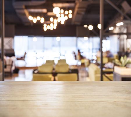 テーブル トップ カウンター バーぼやけたカフェ レストランの背景