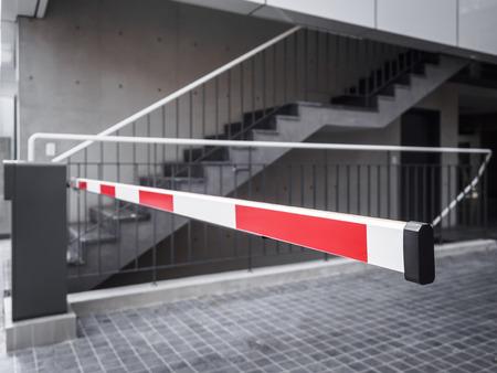 barrera: sistema de seguridad de acceso Entrada puerta automática de la barrera de muestra del estacionamiento