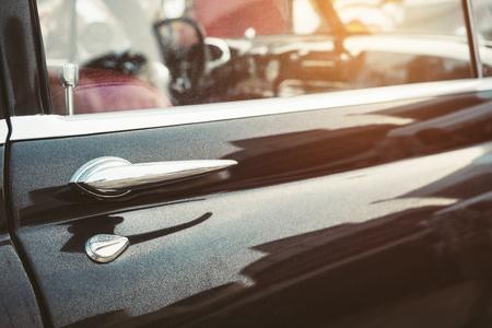 ビンテージ車クラシック車レトロ スタイルのドア ハンドル