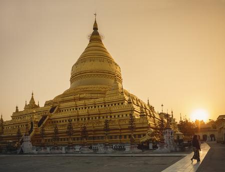 Shwezigon Paya pagoda Landmark Temple historical Architecture Bagan Stock Photo