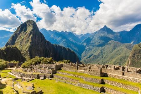 incan: Citt� misteriosa - Machu Picchu, Per�, Sud America. Le rovine inca e terrazza. Esempio di muratura poligonale e di abilit�