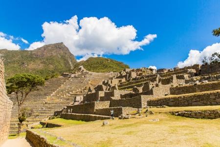 incan: Citt� misteriosa - Machu Picchu, Per�, Sud America Le rovine inca e terrazza Esempio di opera poligonale e abilit� Archivio Fotografico