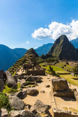 incan: Misteriosa citt� - Machu Picchu, Per�, Sud America. Le rovine inca e terrazza. Esempio di muratura poligonale e abilit�