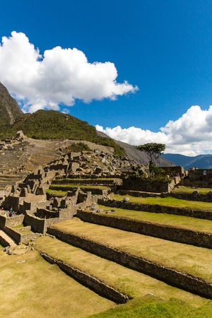 incan: Mysterious citt� - Machu Picchu, Per�, Sud America. Le rovine Inca. Esempio di opera poligonale e abilit�