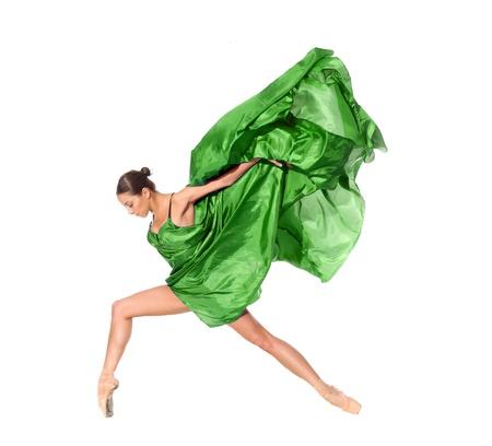 akrobatik: Ballett-T�nzer im fliegenden Sprung in die Gewebe isoliert auf wei�em Hintergrund