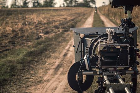 생산 현장에서 야외에서 컴팩트 한 전문 미러리스 촬영 카메라 리그