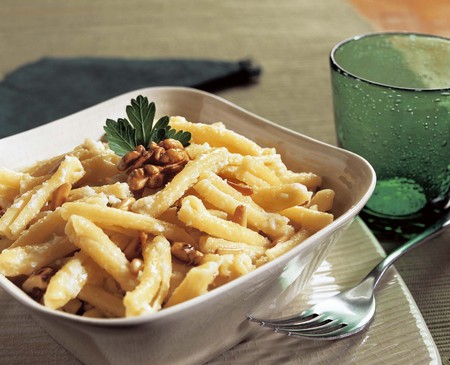 italian pasta with cream nuts and pine