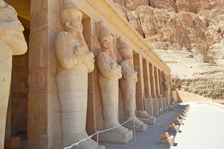 Entrance to the Hatrepsut Temple in Luxor. Columns and statues at the entrance to the Temple of Queen Hatshepsut in Luxor. Pharaoh s memorial temple in Upper Egypt on the west bank of the Nile. Stock fotó