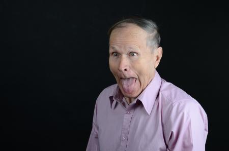 lengua afuera: fuera de la lengua