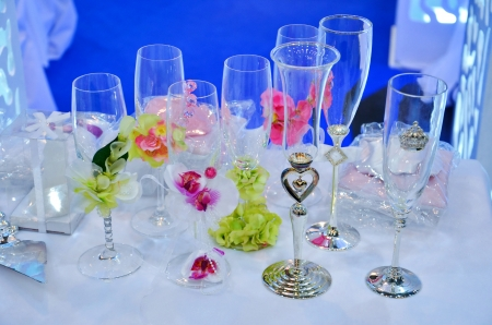 Decorated wedding glasses photo