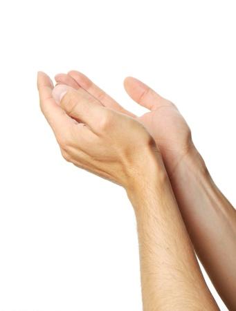 alabando a dios: las manos juntas de un hombre aislado sobre fondo blanco
