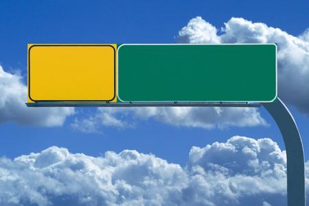 Blank Freeway Sign bereit für Ihren eigenen Text Standard-Bild - 13001510