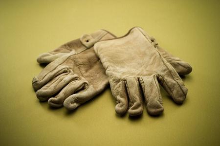 Old work gloves horizontal